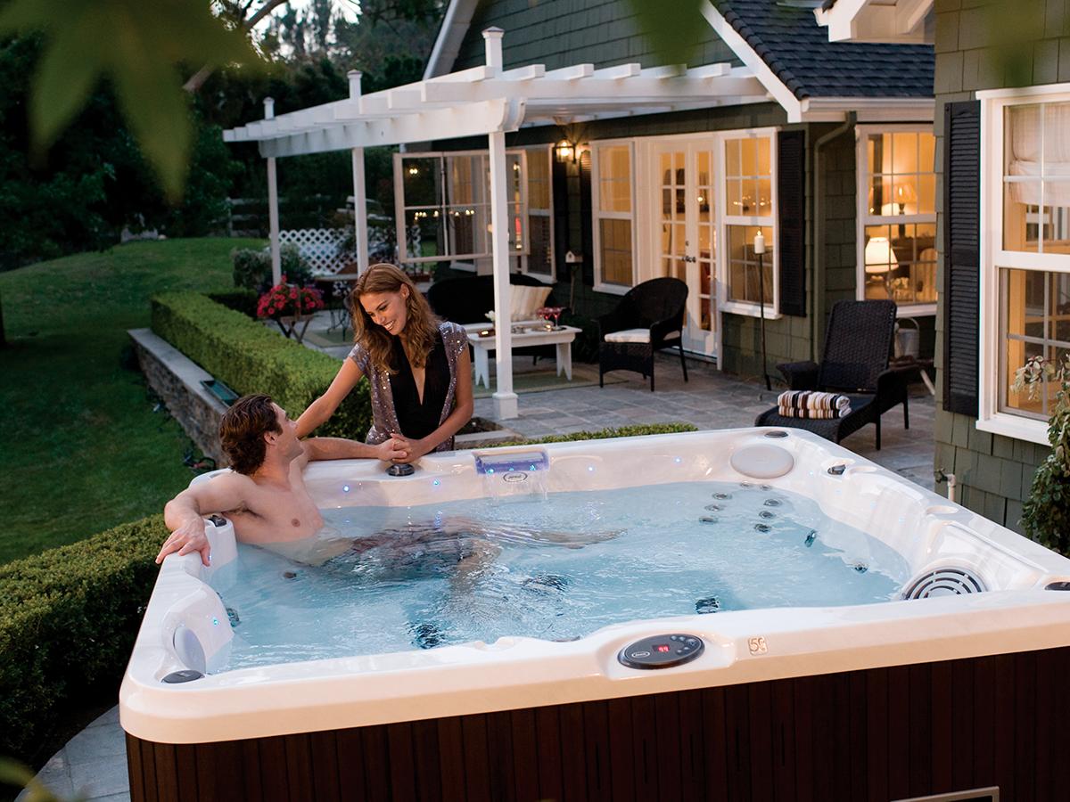 Como escolher spas e banheiras de hidromassagens